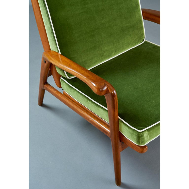 Pair of Reclining Wood Armchairs, Italy, 1950s For Sale 1