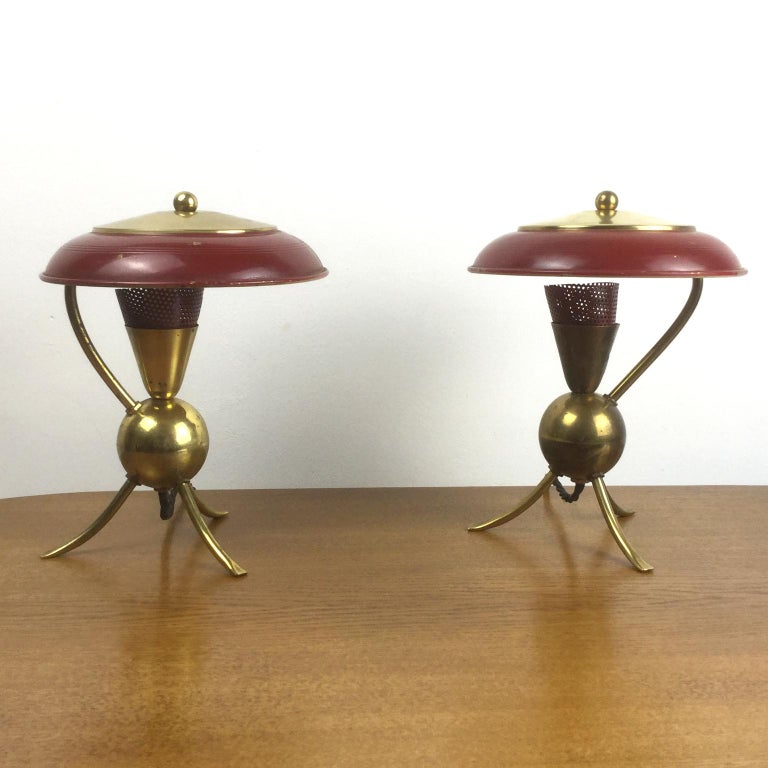 Mid-Century Modern Pair of Red Enamel and Brass Tripod Table Lamp, French, 1950s For Sale
