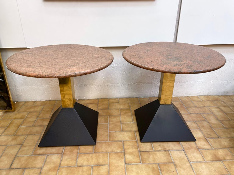 Pair of Red Granite and Brass Side Tables, Italy, 1980s For Sale 4