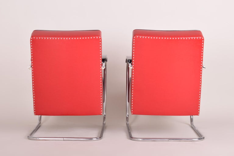 Art Deco Pair of Red Tubular Steel Cantilever Armchairs, Chrome, New Leather Upholstery For Sale