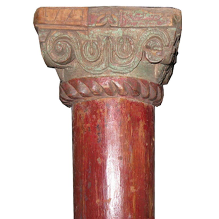 Pair of Red Wood Columns In Good Condition For Sale In San Francisco, CA