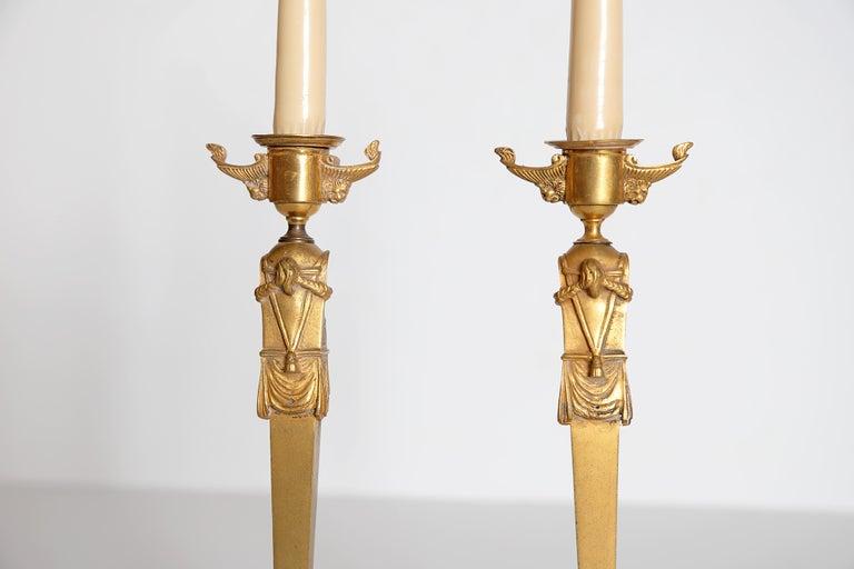 Pair of Regency Gilt Bronze Candlesticks in the Egyptian Taste For Sale 8
