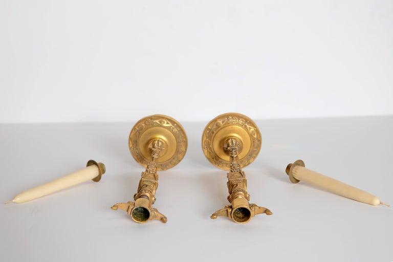 Pair of Regency Gilt Bronze Candlesticks in the Egyptian Taste For Sale 9