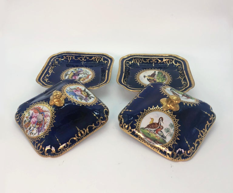 English Pair of Regency Hand Painted Porcelain Covered Dishes by Coalport, circa 1805 For Sale