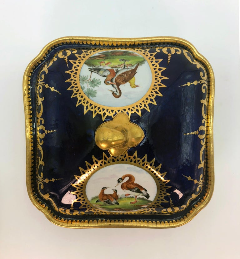 Pair of Regency Hand Painted Porcelain Covered Dishes by Coalport, circa 1805 For Sale 1