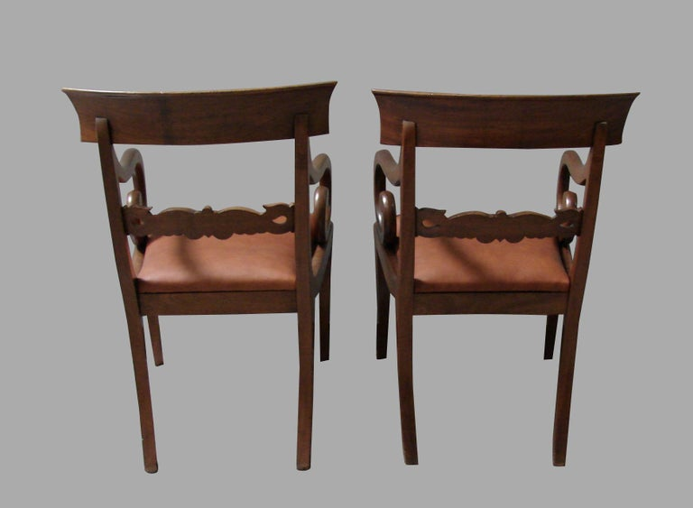 English Pair of Regency Mahogany Armchairs with Scroll Arms and Leather Seats For Sale