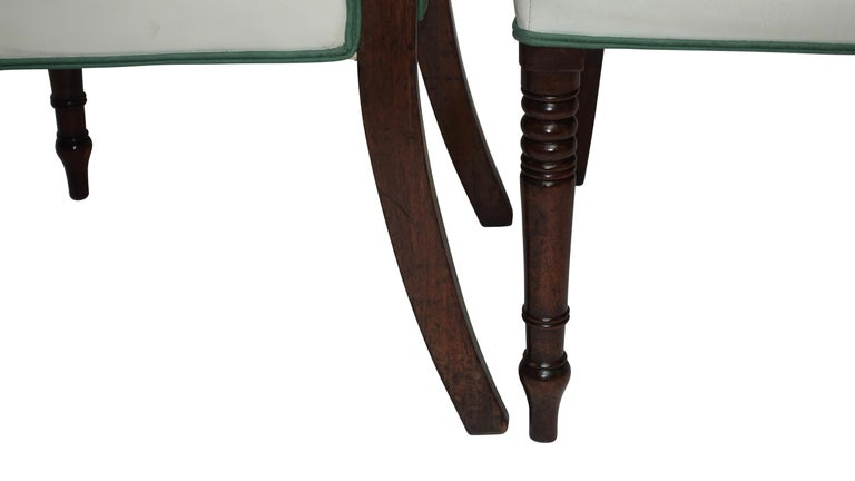 Leather Pair of Regency Mahogany Dining Side Chairs, English, circa 1830 For Sale