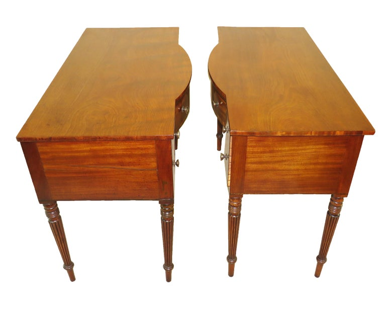 Pair of Regency Mahogany Dressing Tables For Sale 3