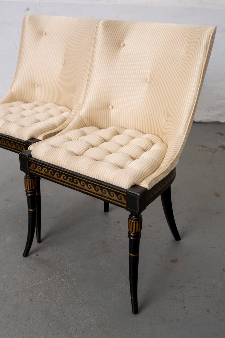 Pair of Regency Style Button-Tufted Side Chairs In Good Condition For Sale In New York, NY
