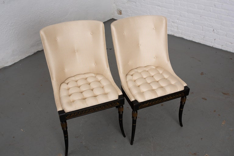 Mid-20th Century Pair of Regency Style Button-Tufted Side Chairs For Sale