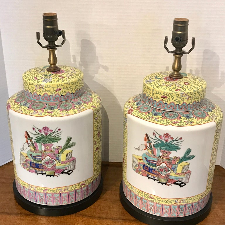 Pair of Republic Chinese Export Yellow Famille Verte Lamps For Sale 6
