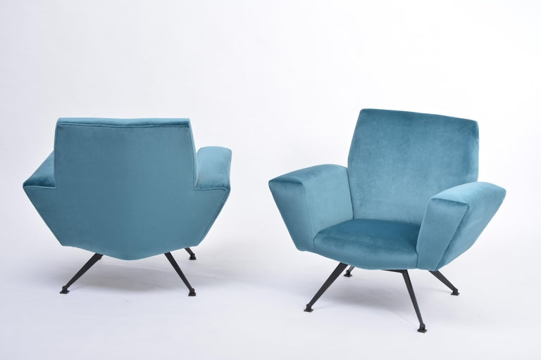 Metal Pair of Reupholstered Teal colored Italian Lounge Chairs by Lenzi, 1950s For Sale
