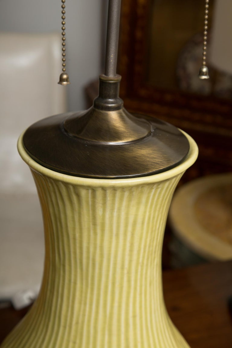 Pair of Ribbed Baluster Lamps In Good Condition In WEST PALM BEACH, FL