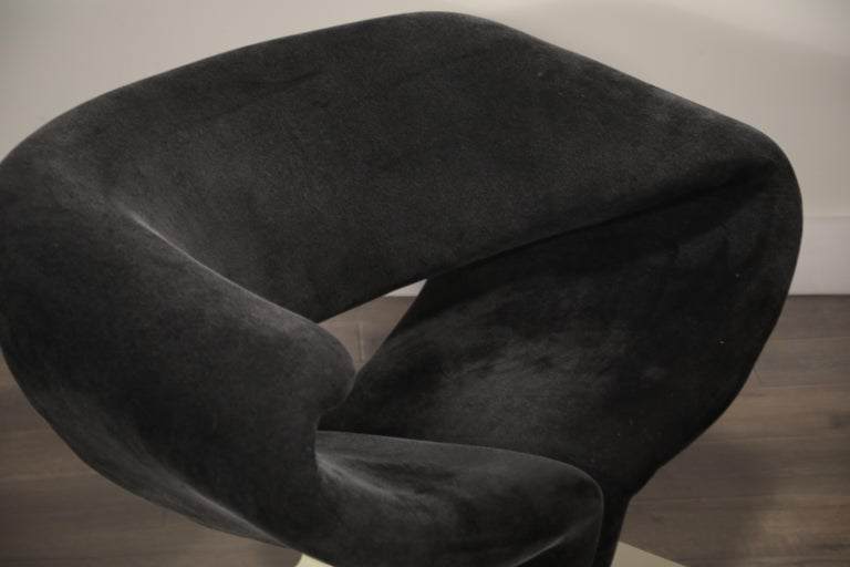 Pair of Ribbon Chairs by Pierre Paulin for Artifort, Netherlands, circa 1966 For Sale 3