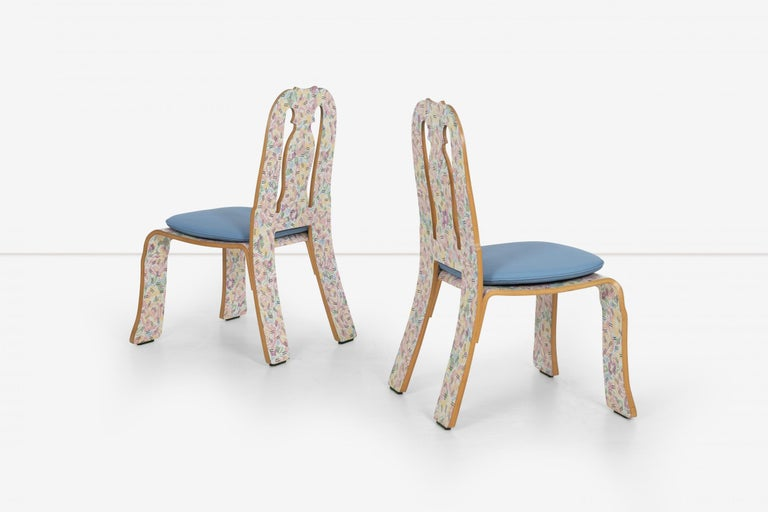 Late 20th Century Pair of Robert Venturi Queen Anne Chairs for Knoll For Sale