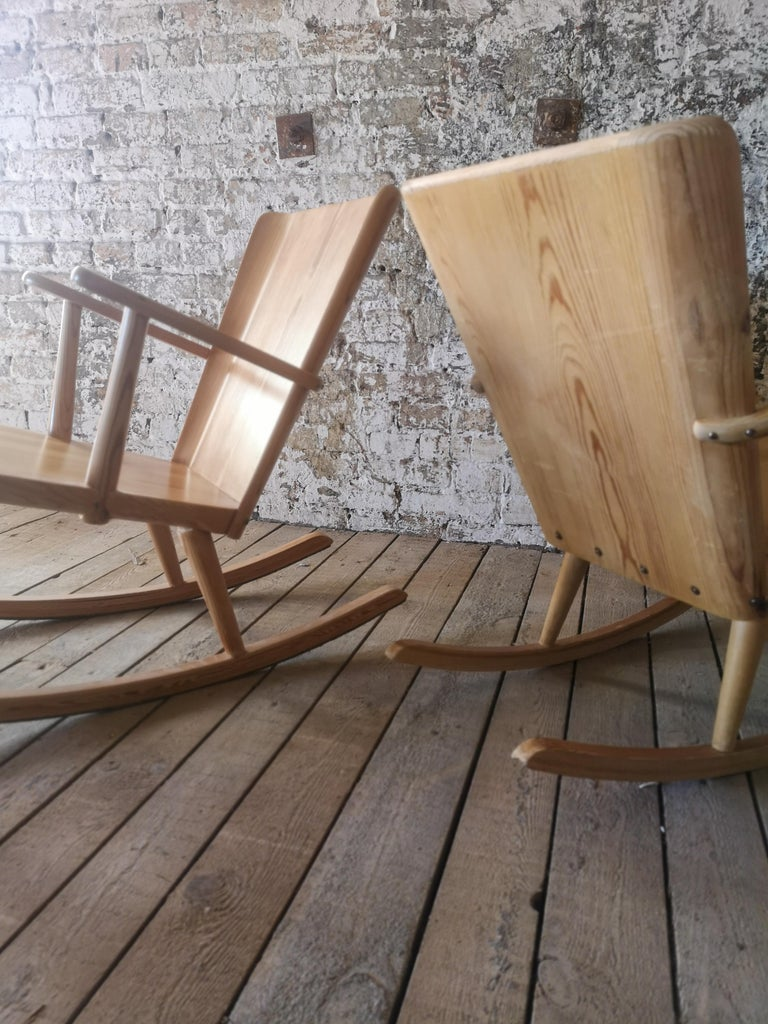 Pair of Rocking Chair in Pine, Göran Malmvall, Sweden, 1940s For Sale 5