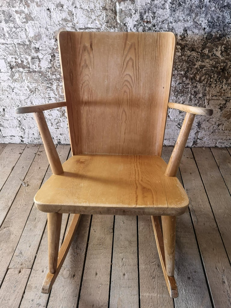 Pair of Rocking Chair in Pine, Göran Malmvall, Sweden, 1940s For Sale 8