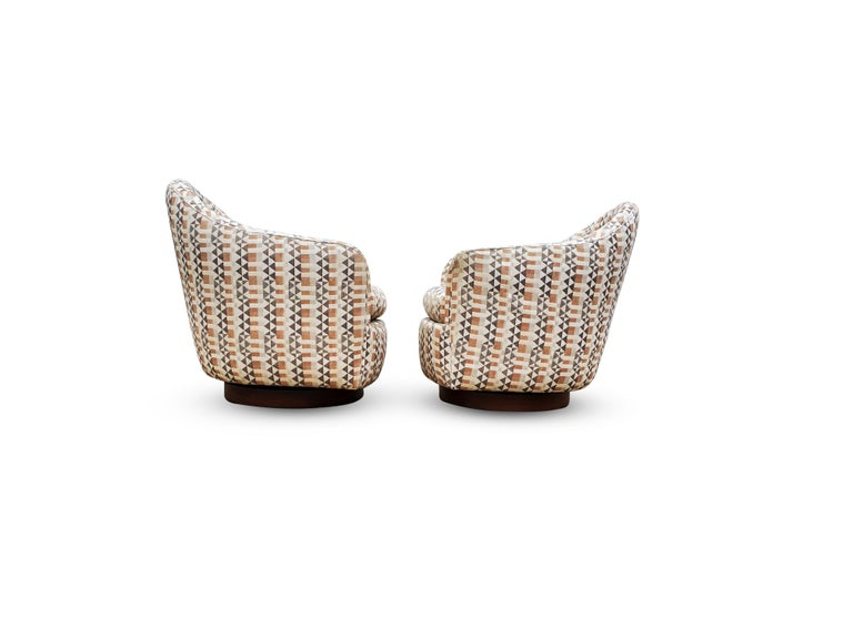 American Pair of Rocking Swivel Chairs by Milo Baughman For Sale