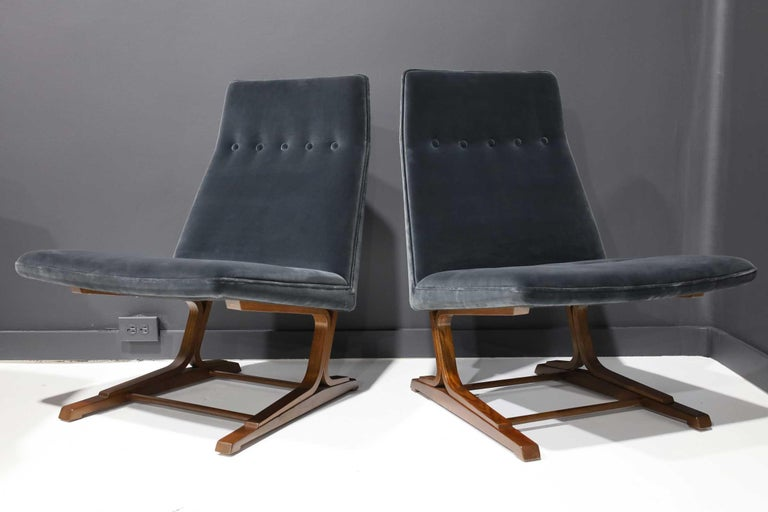 North American Pair of Roger Sprunger for Dunbar Cantilevered Chairs in Blue Velvet For Sale