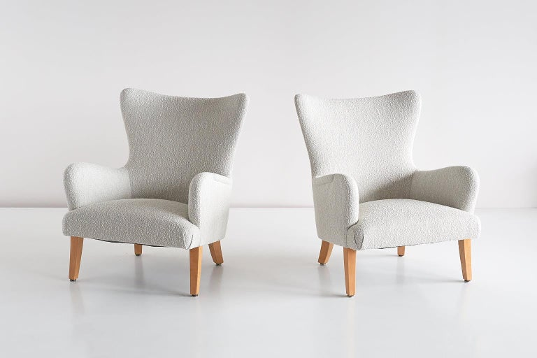 Pair of Rolf Engströmer Armchairs in Pearl Bouclé and Sycamore, Sweden, 1946 In Good Condition For Sale In The Hague, NL
