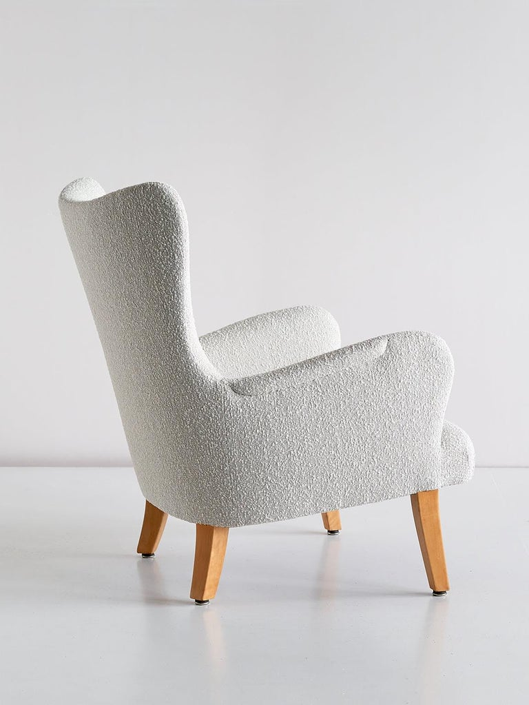 Pair of Rolf Engströmer Armchairs in Pearl Bouclé and Sycamore, Sweden, 1946 For Sale 1