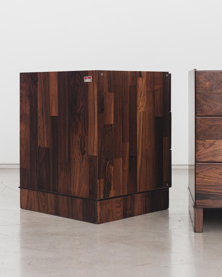 Late 20th Century Pair of Rosewood Nightstand Design by Jorge Zalszupin, Brazilian Design For Sale