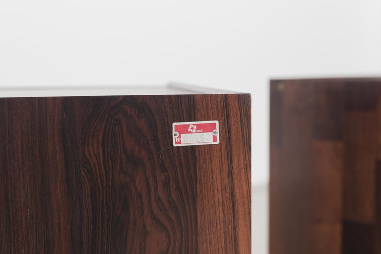 Pair of Rosewood Nightstand Design by Jorge Zalszupin, Brazilian Design For Sale 1