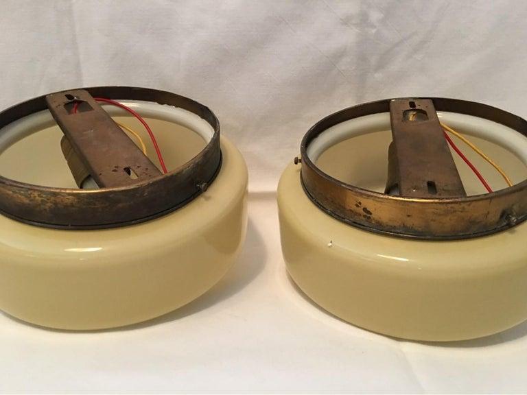 Pair of Round 1930s Art Deco Bauhaus Sconces Flushmount For Sale 2