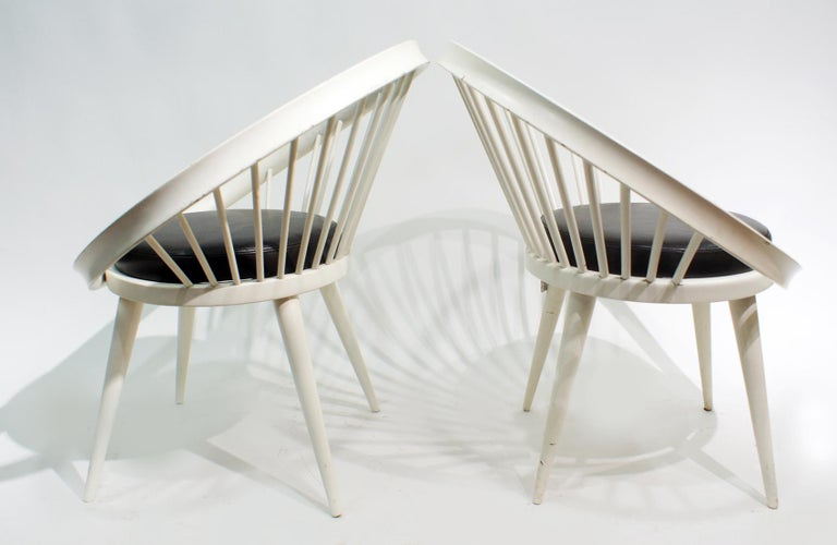 Scandinavian Modern Pair of Round Chair by Yngve Ekstrom, 1960 For Sale