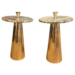 Pair of Round Emerald Green Onyx Marble and Brass Side Tables, Milan, Italy 2019