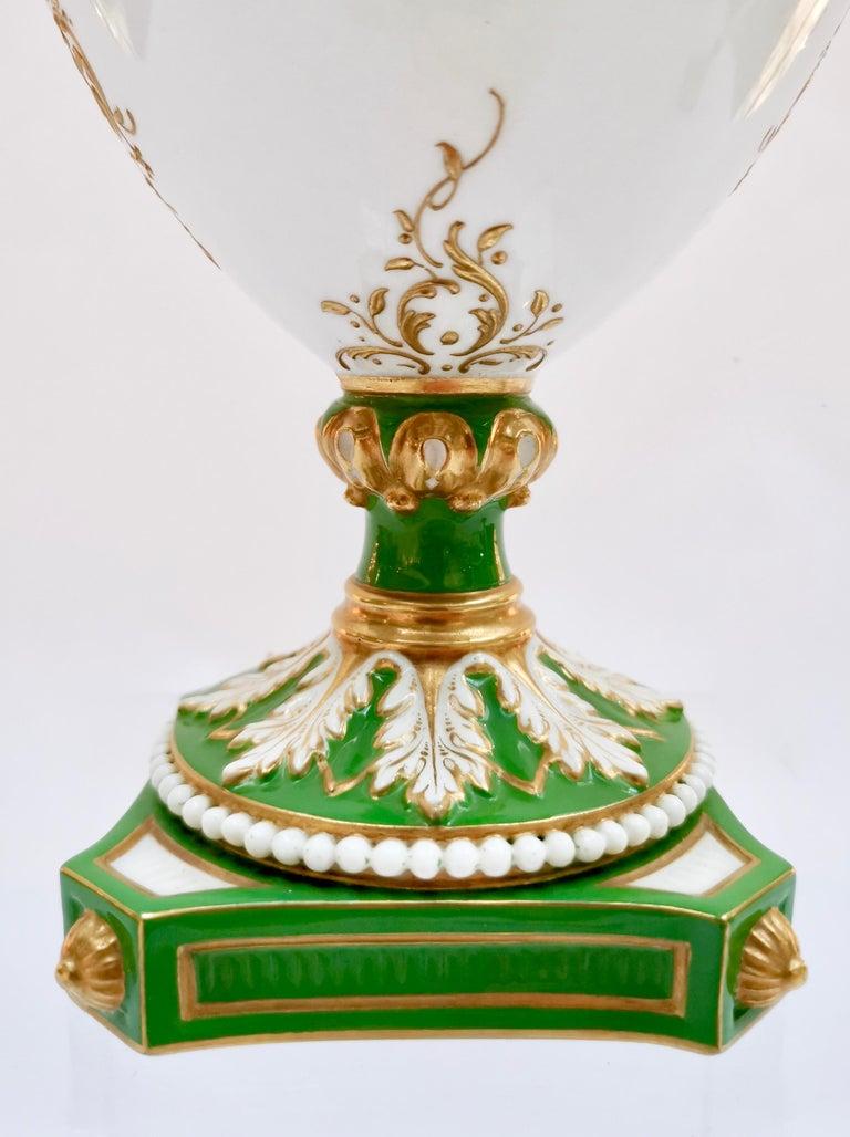 Royal Worcester 2 Porcelain Vases, Green Floral, Signed William Hawkins, 1907 For Sale 4