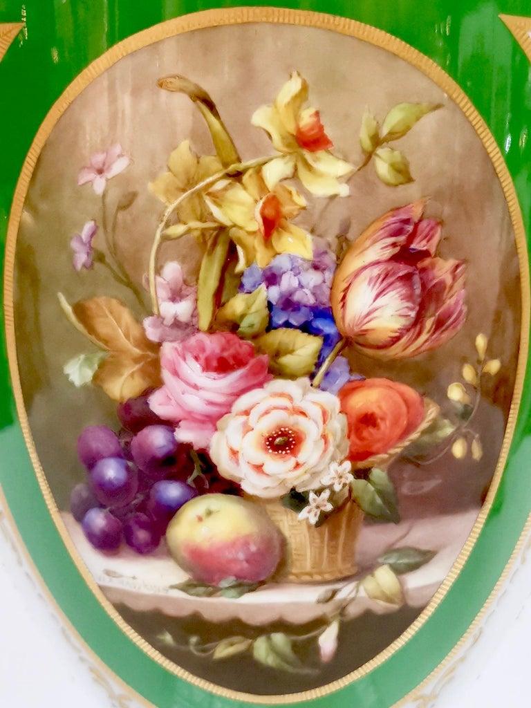 Edwardian Royal Worcester 2 Porcelain Vases, Green Floral, Signed William Hawkins, 1907 For Sale