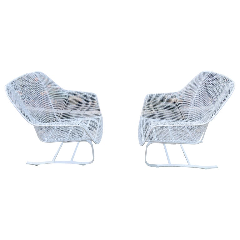 Pair of Russell Woodard Sculptura Springer Patio Lounge Chairs Midcentury For Sale