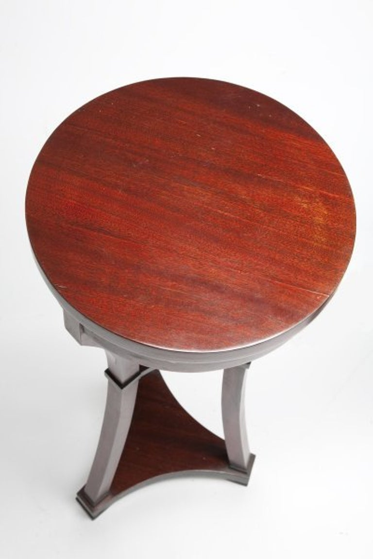 Pair of Russian Biedermeir Small Round Side Tables In Excellent Condition For Sale In Milan, IT