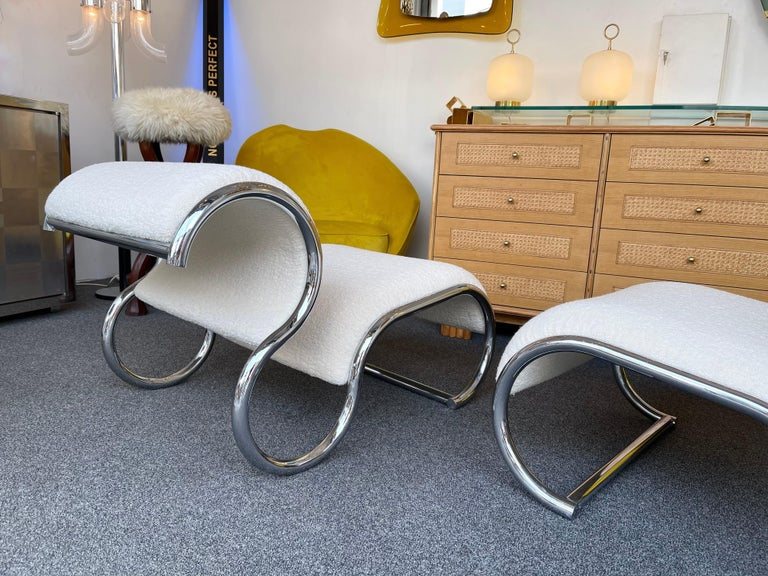 Pair of S Slipper Chairs Metal and Bouclé Fabric by IFF, Italy, 1970s 4