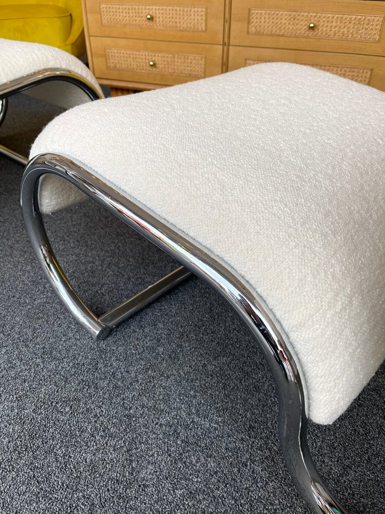 Pair of S Slipper Chairs Metal and Bouclé Fabric by IFF, Italy, 1970s 6