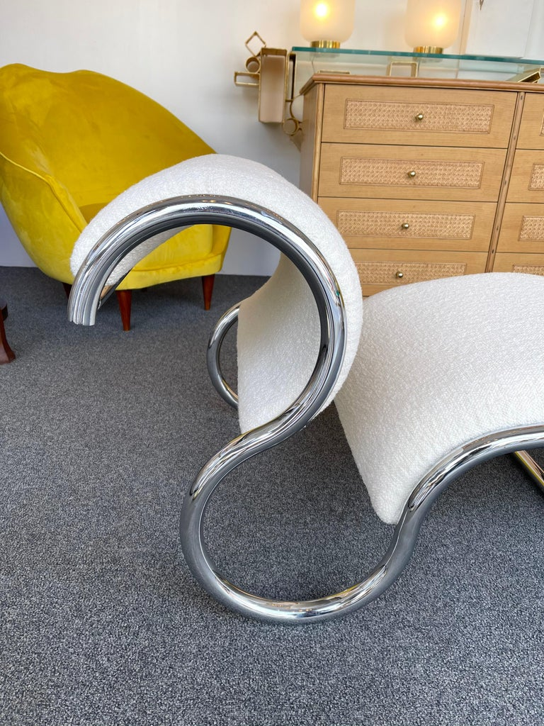 Pair of S design slipper chairs or armchairs in metal chrome by the editor IFF. Fully upholstered with a nice editor bouclé fabric. Famous design like Gio Ponti, Gianfranco Frattini, Cassina, Osvaldo Borsani, Joe Colombo, Vico Magistretti, Ico Luisa