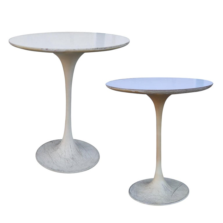 Pair Of Saarinen Style Tulip Side Tables By Burke For Sale