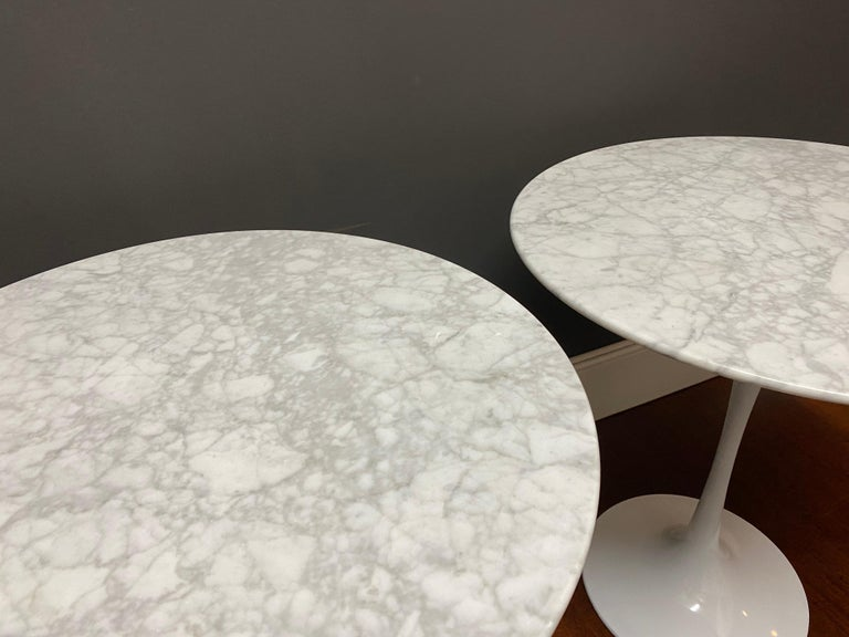 Pair of Saarinen Style Tulip Side Tables In Good Condition For Sale In Stockton, NJ