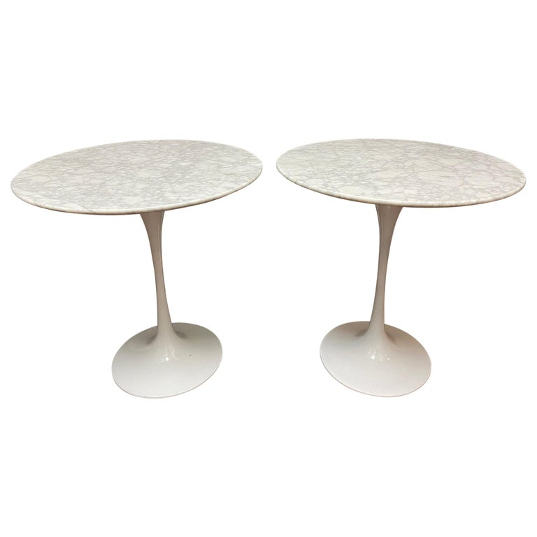 Pair of Saarinen Style Tulip Side Tables For Sale