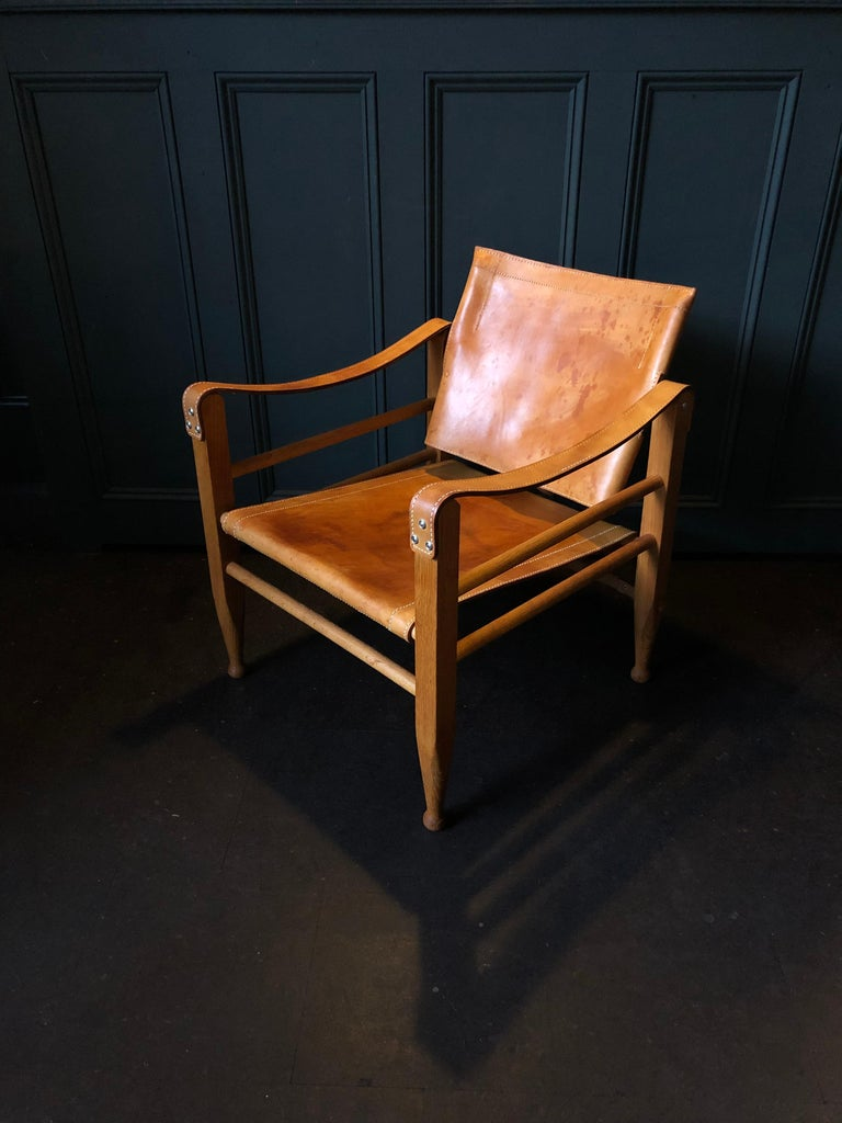 20th Century Pair of Safari Chairs and Table, Aage Bruun & Son, Børge Mogensen For Sale