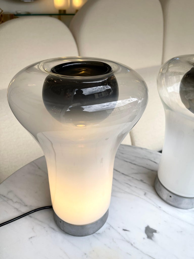 Pair of Saffo Lamps Murano Glass by Angelo Mangiarotti for Artemide, Italy, 1970 For Sale 2