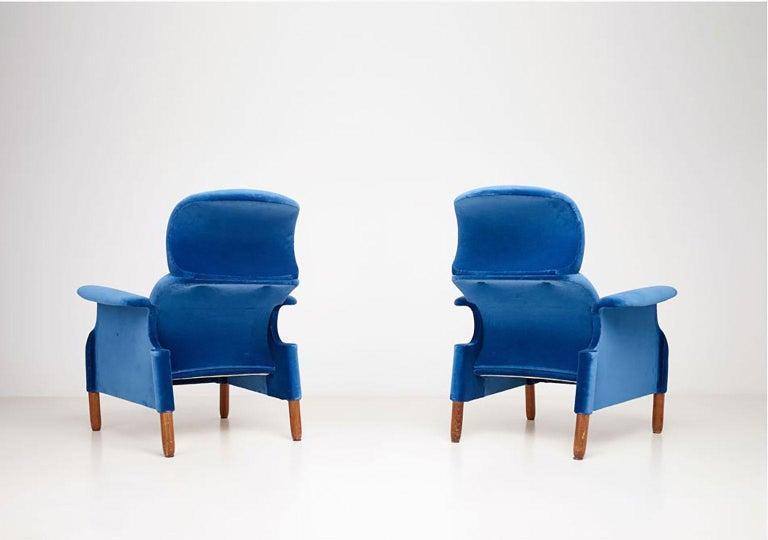 Italian Pair of Sanluca Armchairs by Achille & Pier Giacomo Castiglioni for Gavina Spa For Sale