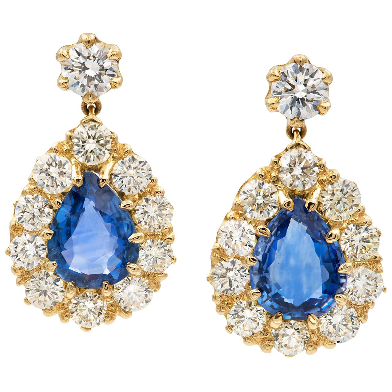 Pair of Sapphire and Diamond Drop Earring