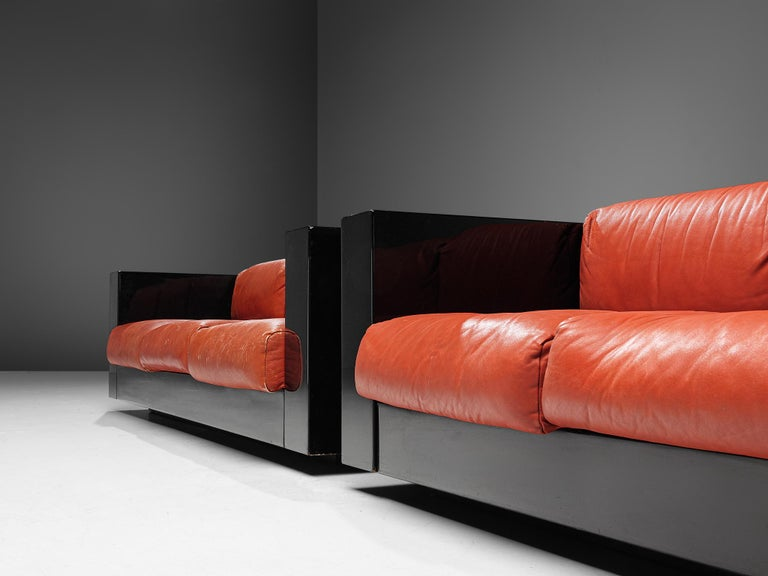 Mid-20th Century Pair of 'Saratoga' Black Sofas with Red Leather by Vignelli For Sale