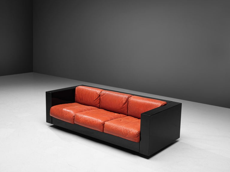 Pair of 'Saratoga' Black Sofas with Red Leather by Vignelli For Sale 1