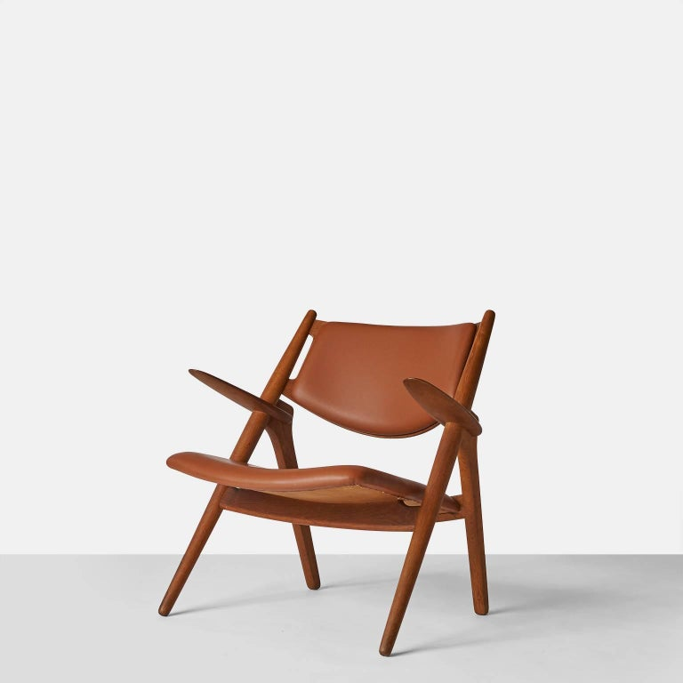 Scandinavian Modern Pair of Sawbuck Chairs, Model CH-28 by Hans Wegner For Sale