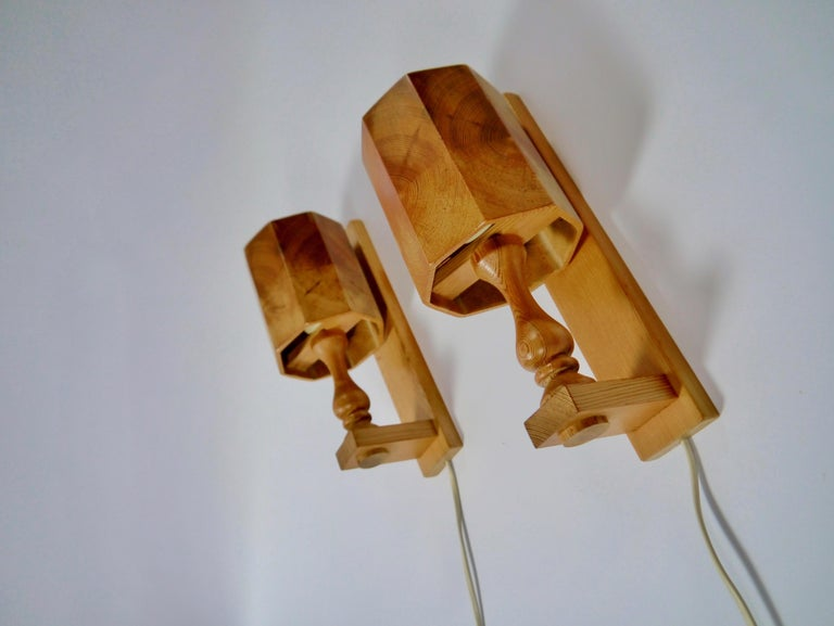 Swedish Pair of Scandiavian Modern Pinewood Wall Lights, Sweden, 1970s For Sale