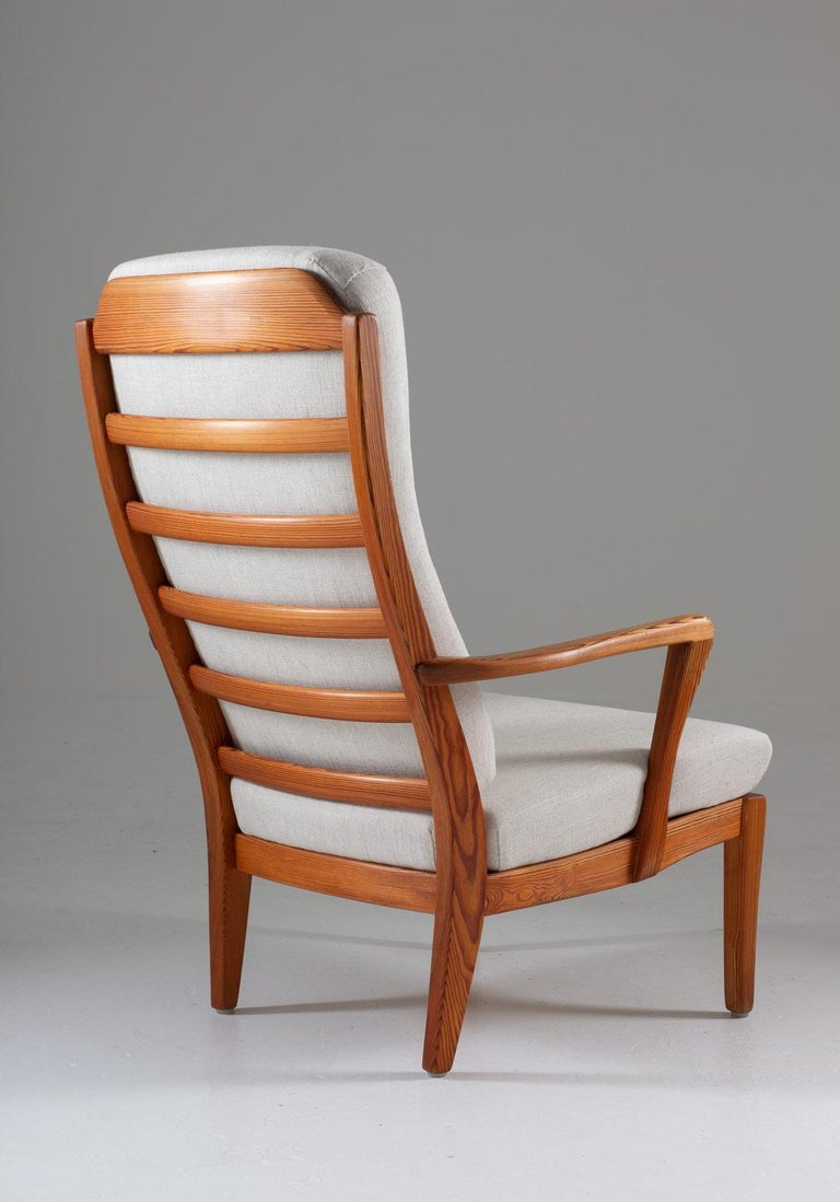 Mid-Century Modern Pair of Scandinavian Midcentury Lounge Chairs by Carl Malmsten For Sale