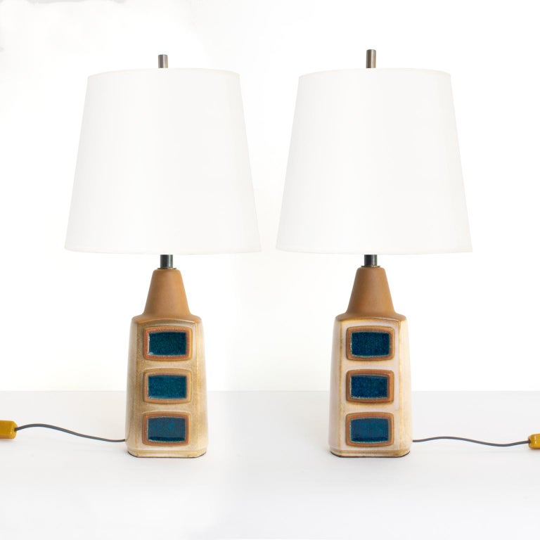 Einar Johansen for Soholm Stentøj Pair Scandinavian Modern Glazed Ceramic Lamps, Denmark, circa 1960. The lamps have custom patinated brass hardware including bespoke finials and double cluster sockets for use in the USA. Measures: Total height: